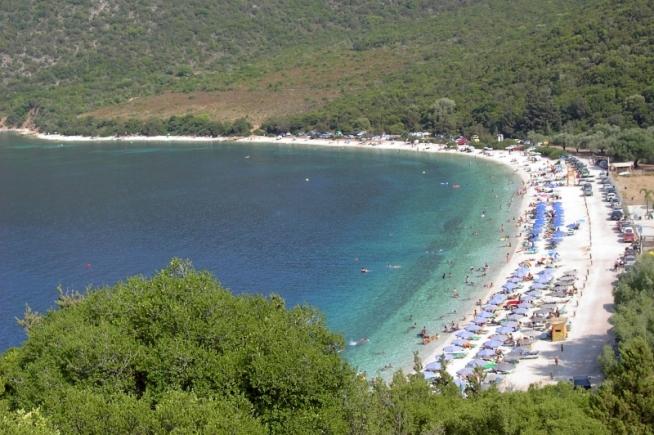 Antisamos beach in Sami Kefalonia