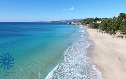 Makrys Gyalos beach in Argostoli Kefalonia