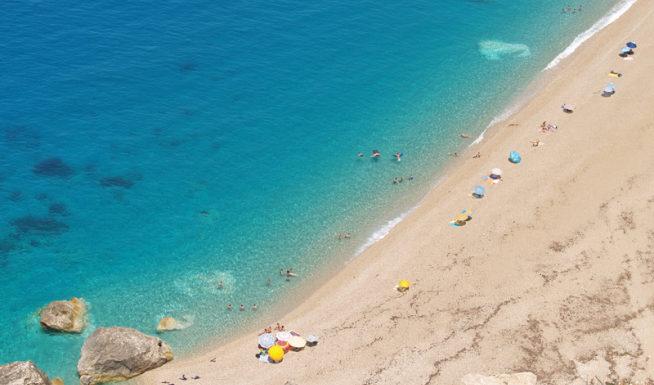 Platya Ammos beach in Lixouri Kefalonia