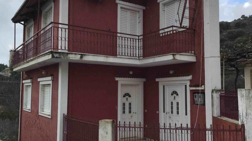 Kourouklata 100m two floor house for sale