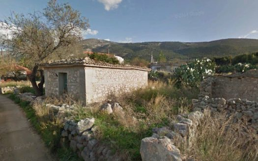 Razata plot with old house for sale