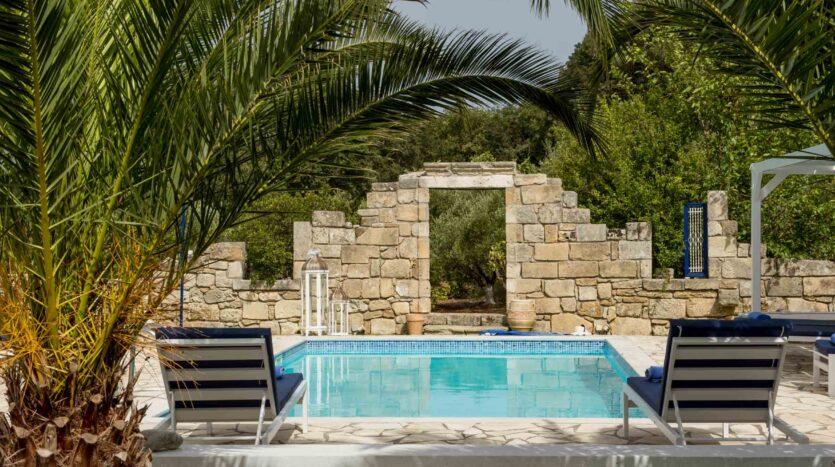 Spartia Amazing Villa with Vineyard and Olivegrove